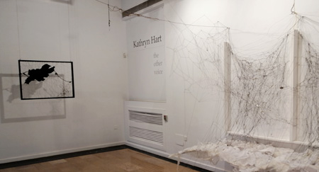 "Exposición ""The other voice"", Kathryn Hart"